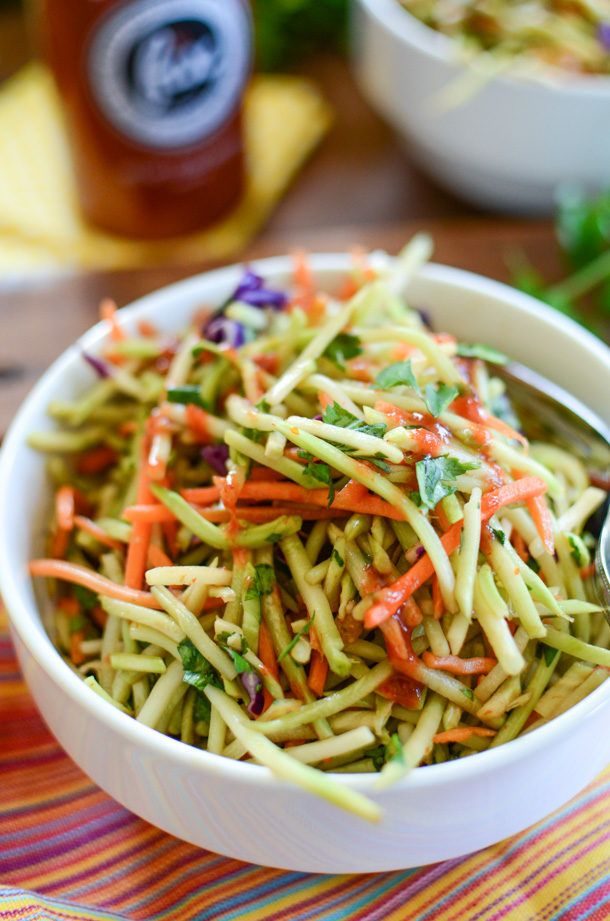 Spicy Sriracha Broccoli Slaw | Sriracha Recipe | Broccoli Slaw Recipe | ateaspoonofhappiness.com