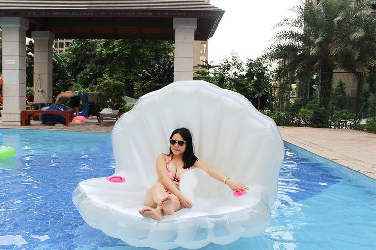 Amazon.com: Z-FeeL Swimming Pool Giant Shell Rideable Inflatable Float Toy Raft Mermaid Sea Shell Inflatable Pool Float 67*55*43: Toys & Games
