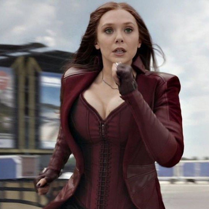 Wanda Maximoff Scarlet Witch On Instagram Queen Scarletwitch Wandamaximof Elizabeth Olsen Scarlet Witch Elizabeth Olsen Scarlet Witch Marvel
