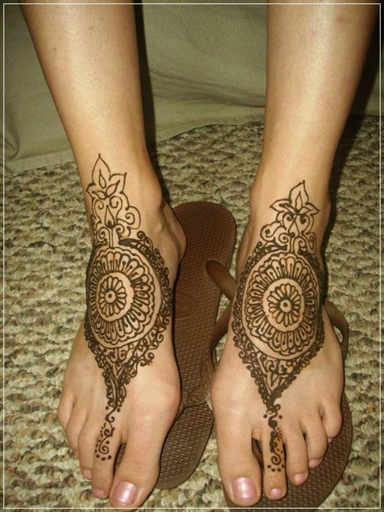 Latest and the best Mehendi Designs and patterns,collection of arbic mehendi designs and models,bridal mhendi designs, modern mehendi designs - Bharatmoms.com