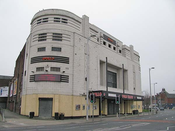 Seen many a gig here // Manchester Apollo