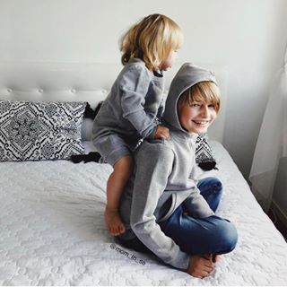 One We Like is a sustainable Swedish clothing brand, for all children 0-14 years. T-shirts, sweaters, leggings, dresses and accessories in 100% organic cotton