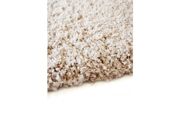 http://www.bonsoni.com/prudence-shaggy-thick-pile-neutral-colours-cream-100-polypropylene-rug-80-x-150cm  Sink your feet into the deep shaggy pile of Purity and feel your stresses melt away.   http://www.bonsoni.com/prudence-shaggy-thick-pile-neutral-colours-cream-100-polypropylene-rug-80-x-150cm