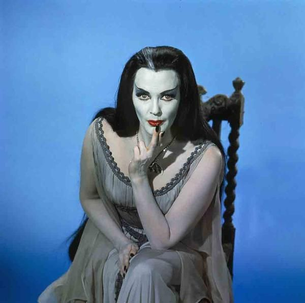 Lily munster halloweener pinterest espectaculos for Espectaculo familia addams