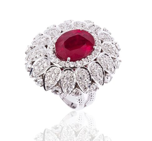 """Carla Amorim diamond and ruby """"Fiandeira"""" ring from the Rio collection."""