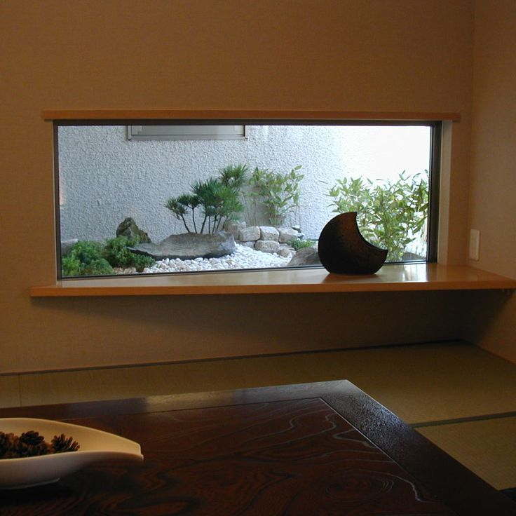 ・・・OpenAirCafe・・・ 坪庭の枯山水と飾りカウンター