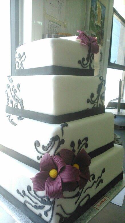 Tarta de boda de fondant.