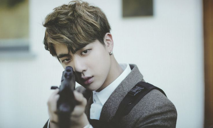 JIN WHY DO YOU HAVE A GUN?!?! DID SOMEONE STEAL YOUR MARIO COLLECTION?!?! YOUR…