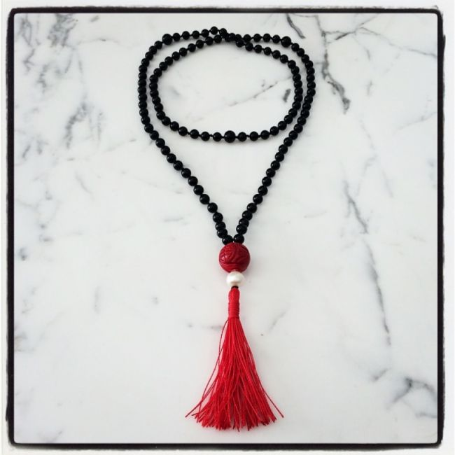 Rosary from Black Onyx with Coral and Pearl 76€