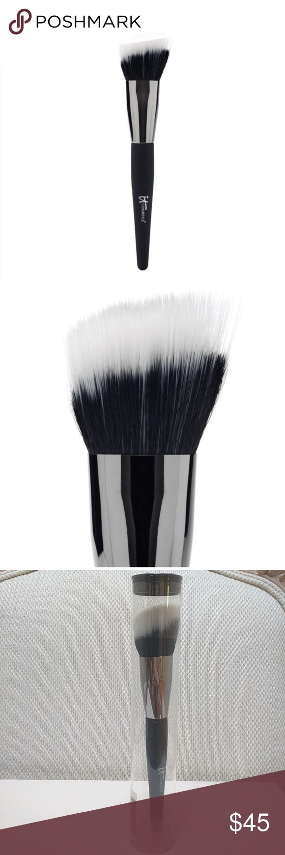 It Cosmetics Angled Radiance Creme Duo Fibre Brush Brush is new and still in sealed packaging.  No trades.  Please submit any offers via the offer option. Sephora Makeup Brushes & Tools