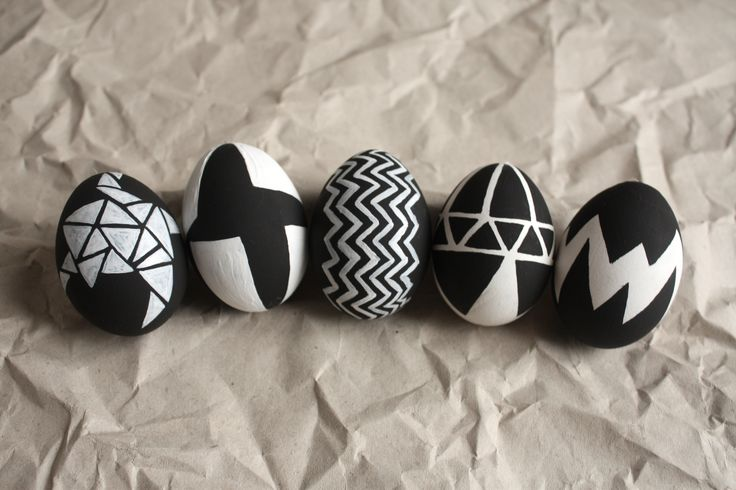diy easter eggs in black and white
