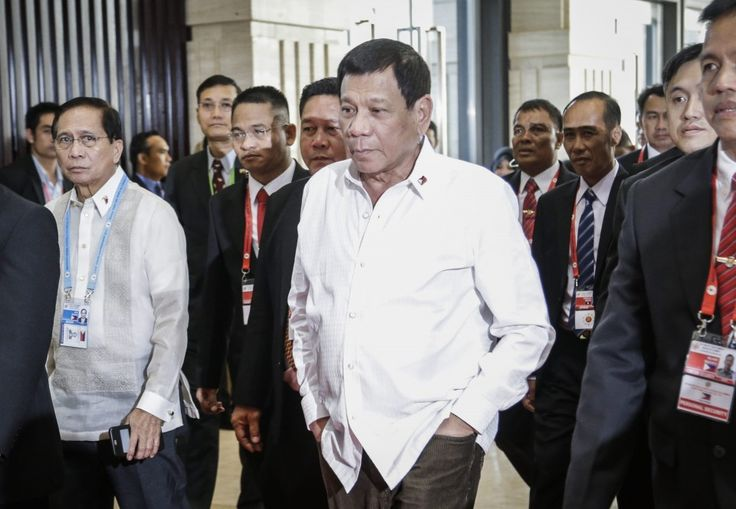 After the slur and snub — finally a handshake between Obama and Philippines'…