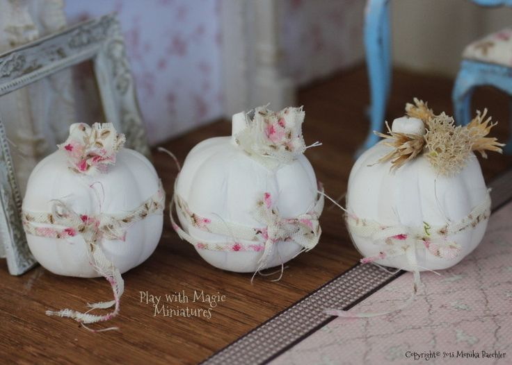 Play with Magic Miniatures - three shabby chic pumpkins - plaster of paris and fabric - handcrafted