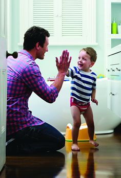 The best tips for a stress-free potty training experience for both you and your son. Find out more here.