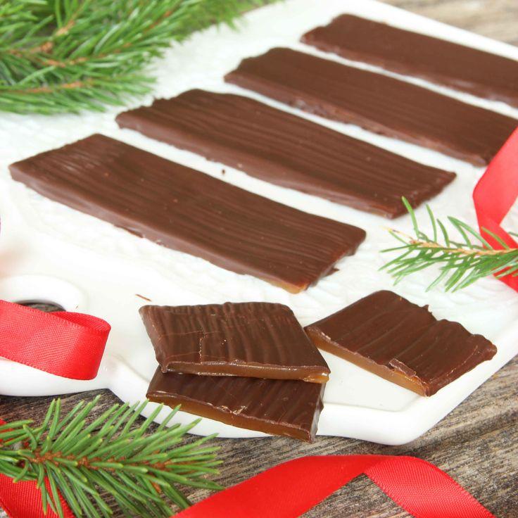 Knäckig och ljuvligt god Daim med läcker choklad på ytan.