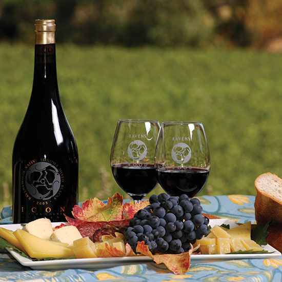 Sonoma County Wineries to Visit: Ravenswood as seen in Food and Wine Magazine!