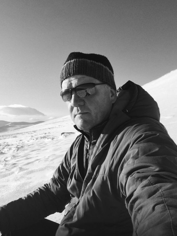 Jim Frost. A short introduction and some background about myself. There is also a contact form to get in touch should you so desire to.