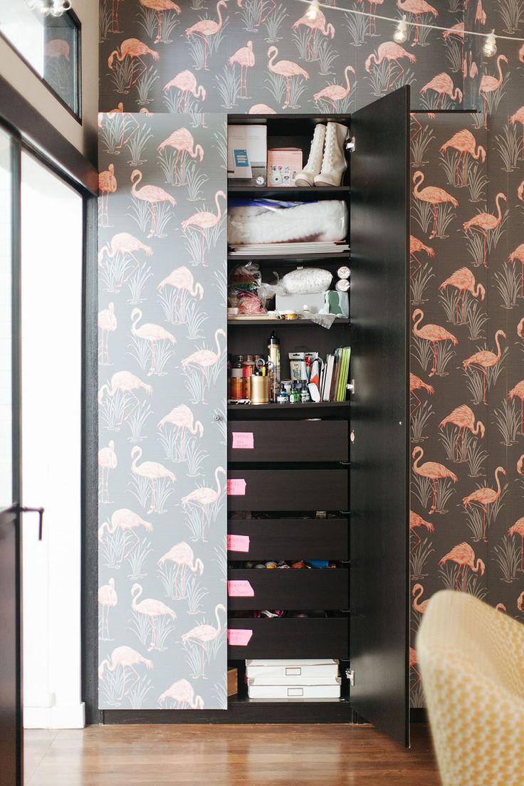 les 25 meilleures id es de la cat gorie armoires de papier peint sur pinterest armoires. Black Bedroom Furniture Sets. Home Design Ideas