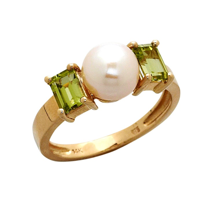 Buy 14K Gold Freshwater Pearl & Peridot Ring, Pearl Lustreand Rings from The Shopping Channel, Canada's home shopping network-Online Shopping for Canadians