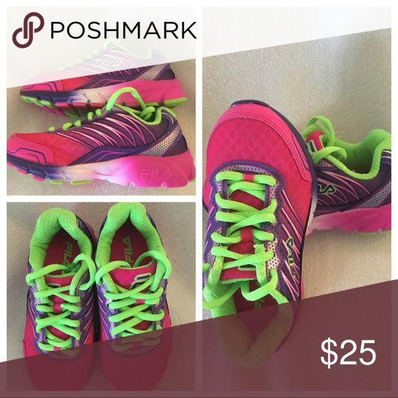 Girls Shoes Really cute lightweight knit tennis shoes bright colors nice sturdy shoe Fila Running Shoes Sneakers