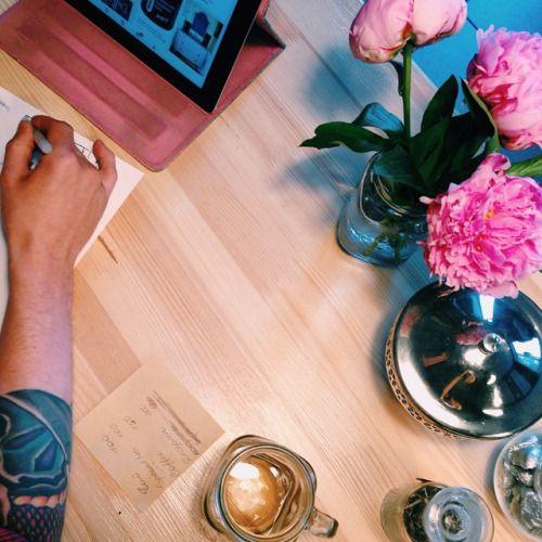 Напоминаем вам, что сегодня на каппинге будем пробовать #Intelligentsia coffee и Колибри Кофе ☺️ Начнем в 20.00 Присоединяйтесь и участвуйте в конкурсе #cuppingquestspb #coffee #cupping #coffeespb #coffeebeans #coffeeguide #coffeeguidespb #кофе...