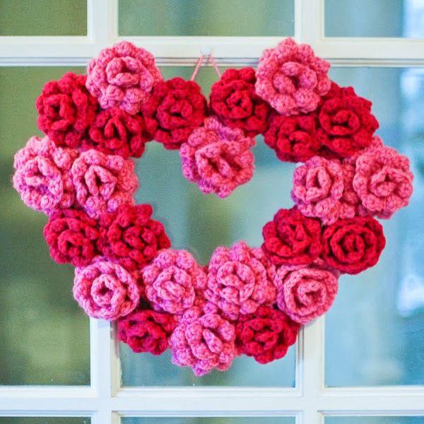 Free Crochet Pattern: Crochet Rose Heart Wreath @ petaltopicots.com
