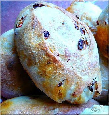 Limara péksége: Piknik zsemle (hagymás-baconos-kolbászos péksüti) nyamm :)