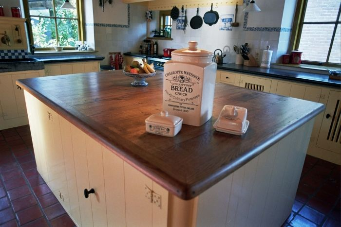 Afmetingen Keuken Restaurant : keukeneiland met tafel keuken inrichting keuken kookeiland jpg see