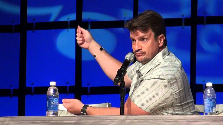 Nathan Fillion Loves Watches HD Phoenix Comicon 2014