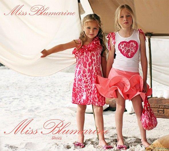 Miss Blumarine www.fiera-italia.com.  Praha, Vaclavske namesti 28.  Pasáž U STÝBLU. Fiera Italia.  Shoes boutique.