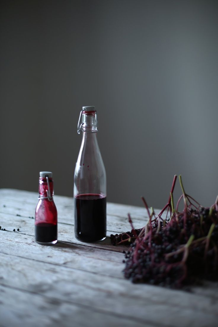 homemade elderberry-syrup
