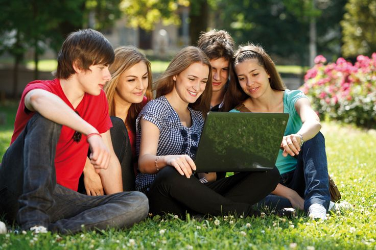 great summer boarding school program at boarding school in Switzerland! The Lemania Summer Camp offers students the perfect combination of an intensive language programme in English or French and the chance to actively participate in sporting, cultural and artistic activities, thus helping to enrich their boarding school experience and get a taste of the Swiss tradition of excellence. http://www.lemaniasummerschool.com