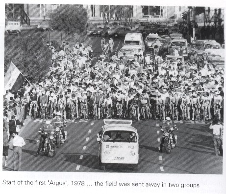 The start line at the 1978 Cycle Tour where the field consisted of only two groups