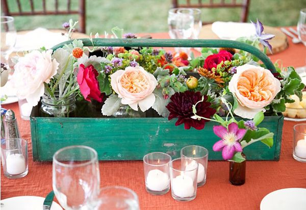 Wine Crates, Wood Boxes, Wooden Boxes, Old Crates, Wooden Crates, Wood Crates, Flower Boxes, Center Piece, Growing Flower