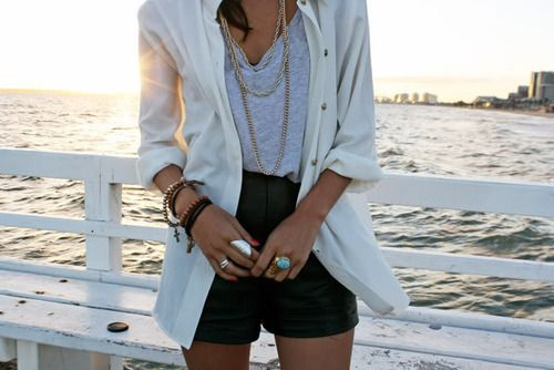 check: Leather Shorts, Beaches, Casual Summer, White Blazers, Style, Jackets, Summer Outfits, Summer Night, High Waist Shorts