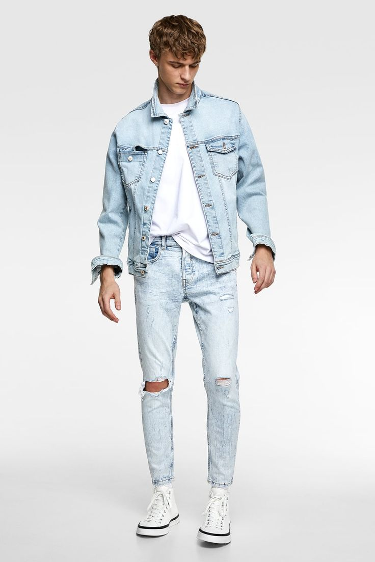 Blue Jeans Outfit Men, Blue Jean Outfits, Blue Jeans Mens, Ripped Jeans Men, Denim Outfit, Grunge Outfits, Jeans Zara, Teenage Boy Fashion, African Men Fashion