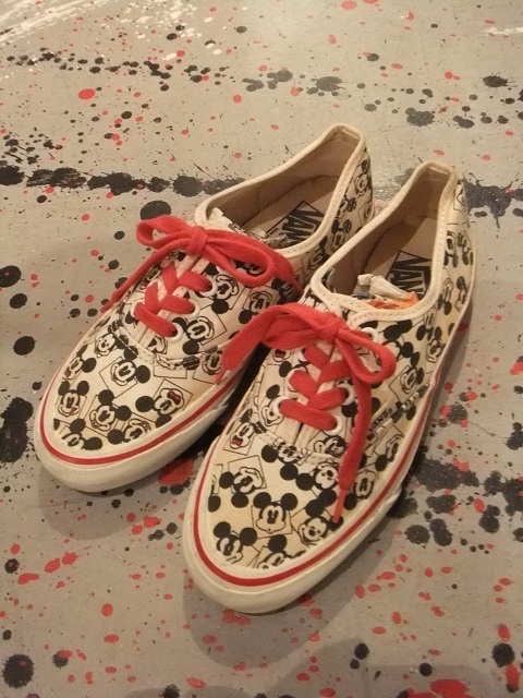 VANS×Disney  AUTHENTIC〈DECK-SHOES〉  MADE IN USA