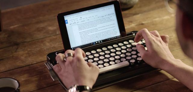 Write with style: a retro keyboard for your tablet smartphone or computer