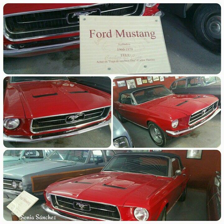 """Ford Mustang de 8 cilindros. Actuó en la película """"Fuga de cerebros """""""