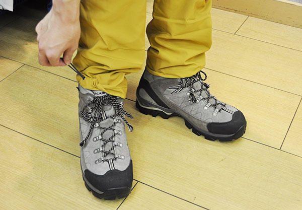 見た目も機能性も◎ ゆったり履けるトレッキングパンツ - YAMAYA - 一人前の登山者になろう! / 山と溪谷社