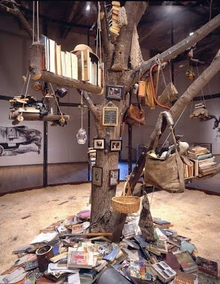 BOOK TREE! i have seen a shoe tree, jewlery tree, and belt ladder but a BOOK TREE? new. I WANT