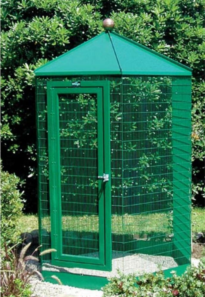 Hexagon Walk-In Aviary #WINGZAVIANPRODUCTS #AVIARYCAGE