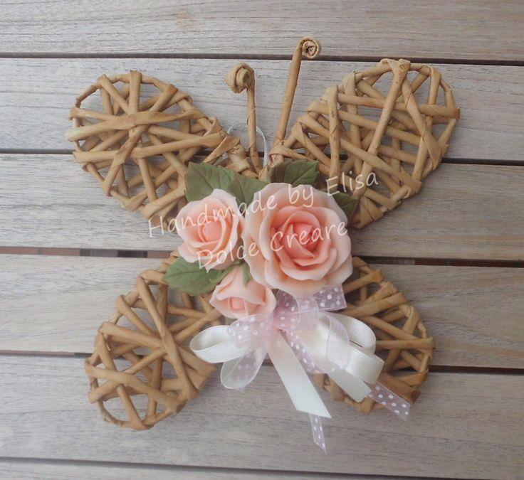Farfalla+con+cannucce+di+carta+con+rose+rosa+sfumate.JPG (1462×1341)