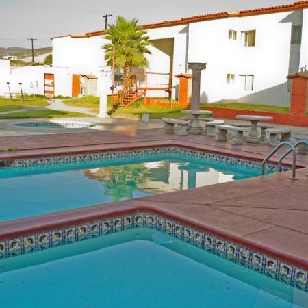 Hotel El Sausalito - alojamiento económico ensenada Baja California