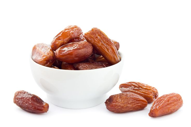 By Kat Gal I had 3 dates today. And my husband didn't even mind. I'm not talking about dates with other men, of course. I literally had 3 delicious dates. You know, those delicious little fruits that grow on palm-trees! There are so many types. The dates you find in your health food store are [...]