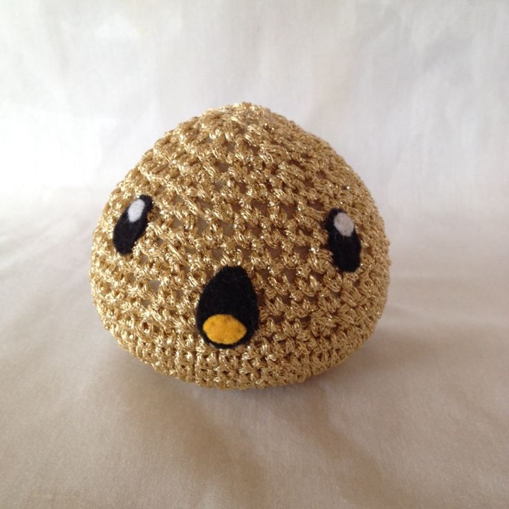 This shiny Gold slime loves to hide which makes him a very rare find. Come check out or buy some other slimes here! Https://www.etsy.com/shop/PastelTeaParty?ref=hdr_shop_menu #slimerancher #pastelteaparty #goldslime #amigurumi #cute #shiny #crochet #slime
