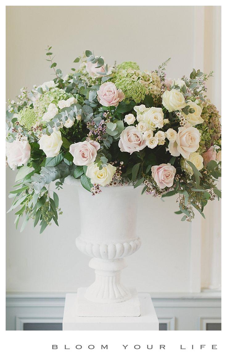Big flower arrangement with (sweet) avalanche roses, spray roses ammi majus, waxflower  photographer: Alexandra Vonk  floral design: Bloom Your Life  venue: het Heerenhuys