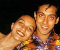 Somy Ali returns to Salman Khan | 1638462