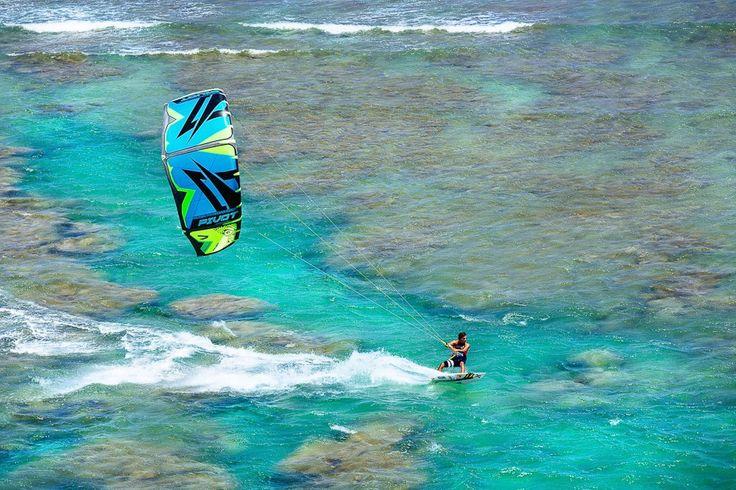 2015 Naish Pivot . Naish Kites USA . #kitesurf #kiteboard #quikfin