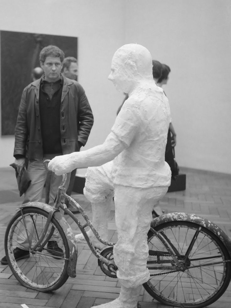 George Segal, Man on Bicycle, 1962, plaster and bicycle parts. NATIONAAL…